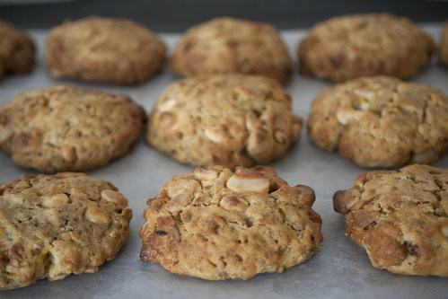 Apricot and Macadamia Cookies-4