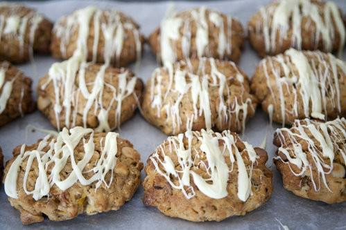 Apricot and Macadamia Cookies-5
