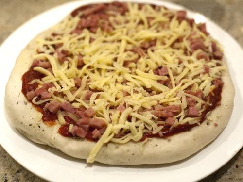 Bacon & Cheese Pizza Bakers Delight