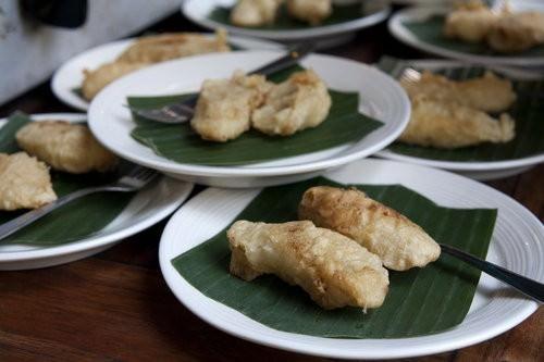 Balinese banana fritter