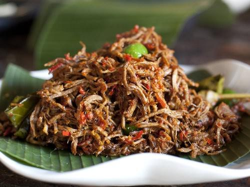 Balinese shredded beef, anika cooking school
