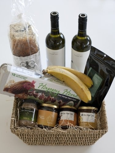 Breakfast Hamper, Saltwater accomodation