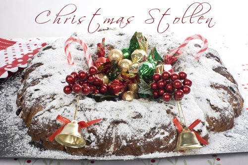 Christmas Stollen Wreath