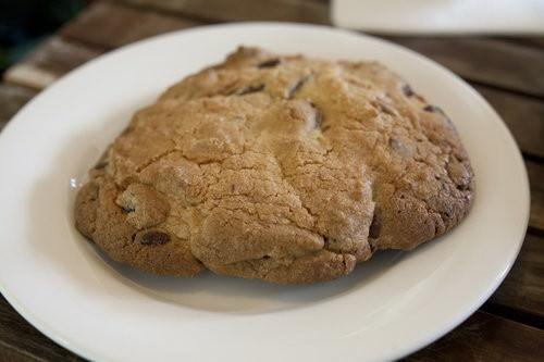 Giant Choc chip cookie, The rustic Table