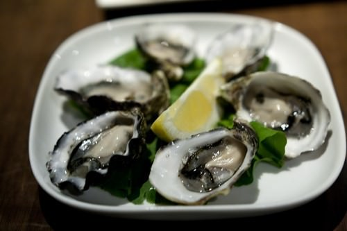 Natural Oysters