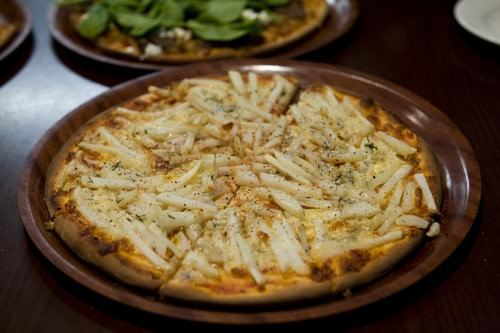 Potato and blue cheese pizza