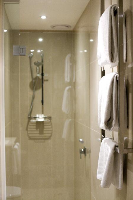 Blackman Suite Bathroom
