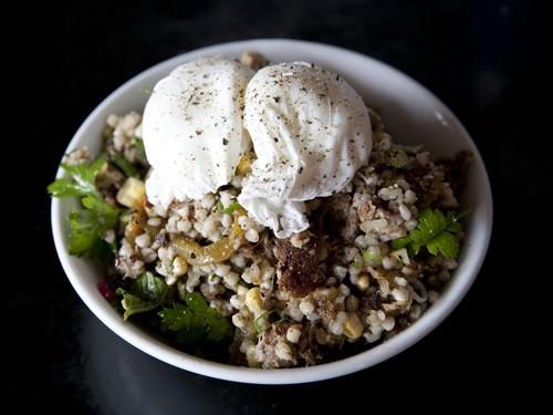 Poached Egg w Quinoa