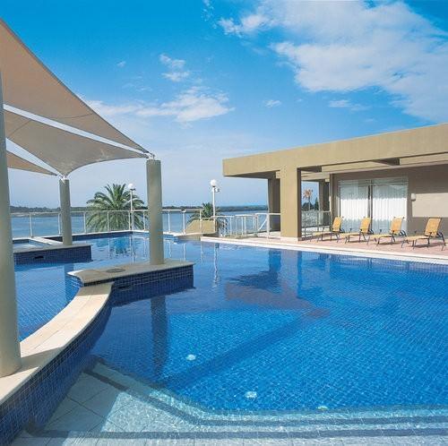 Rydges Port Macquarie heated pool area