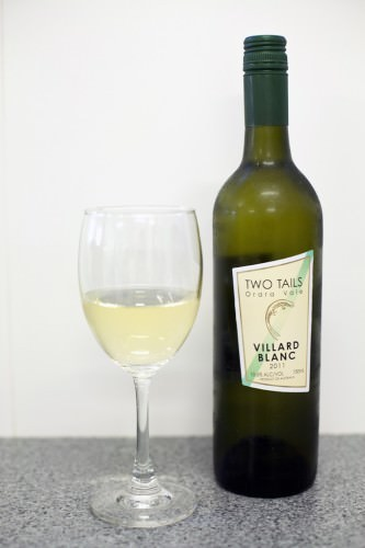 Two Tails Villard Blanc, Nana Glen Vineyard