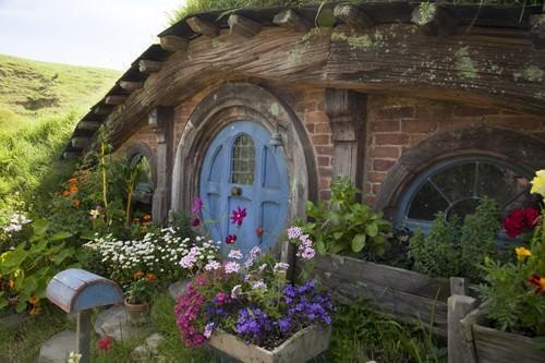 Hobbit Home bricks and flowers