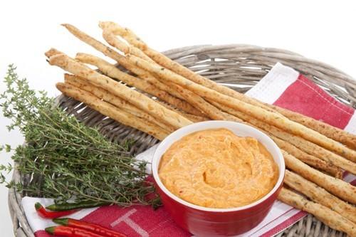 Parmesan & Thyme Grissini w Spicy Chili Aioli
