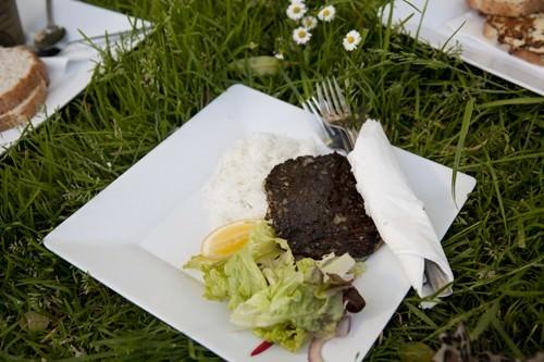 Kaikoura-New-Zealand-BBQ-Paua-Fritter