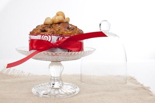 Honey Macadamia Christmas Cake