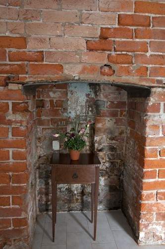 Coachmans Kitchen Fireplace