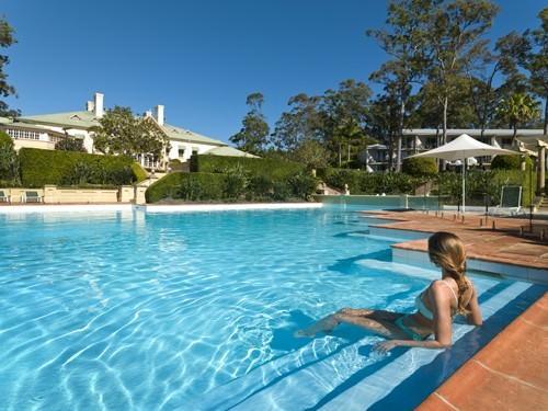 Pool Terrace InterContinental Sanctuary Cove