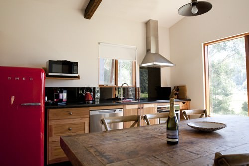 Adventure Bay Retreat Kitchen