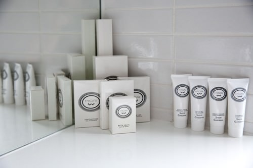 Show Gardenia Toiletries