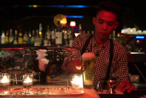 Charlie Bar - Bartender