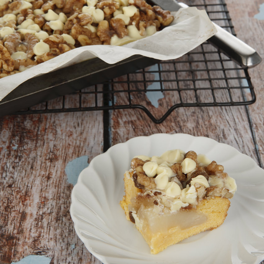 Pear & White Chocolate Sheet Cake Taste