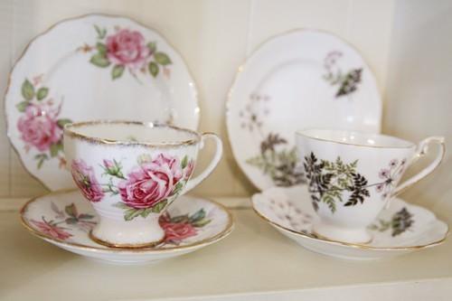 Roses Tea Set in the Sideboard