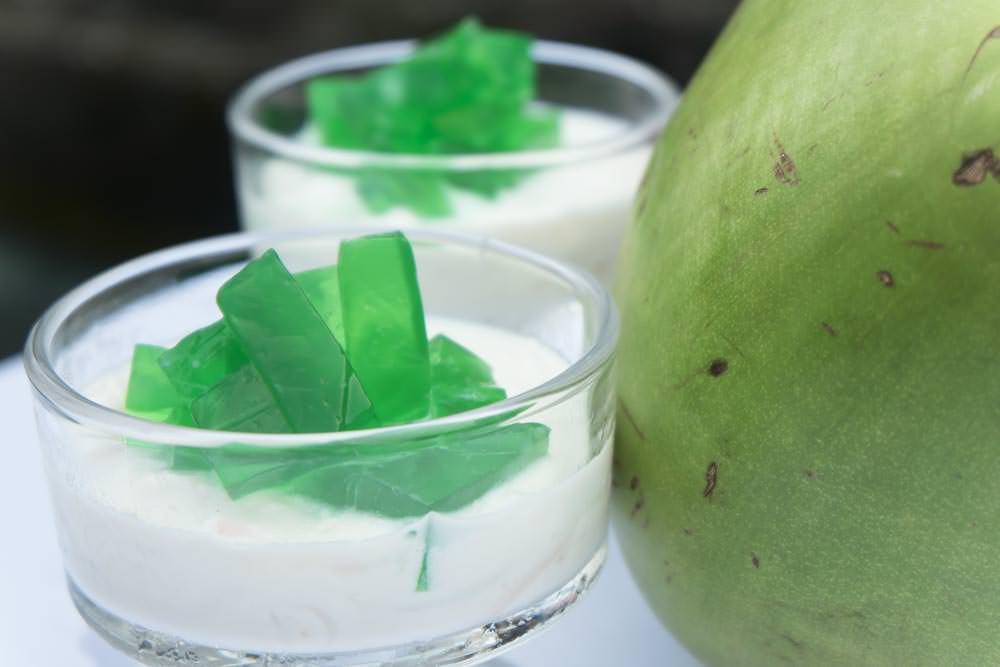 Buko_pandan_with_coconut