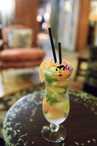 Cocktails Roberts Circa 1876 - Persimmon and Grapefruit Mojito