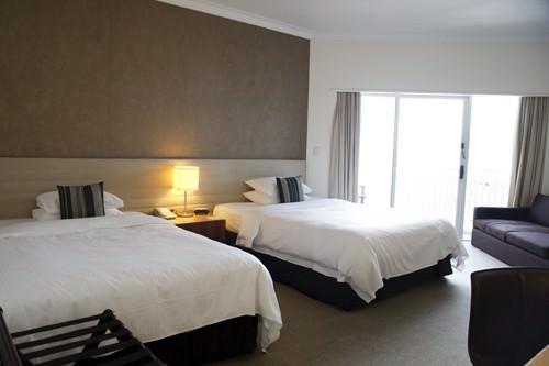 Shangri-la Delux Marina View Room