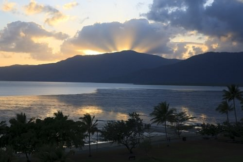 Mercure Harbourside Cairns View