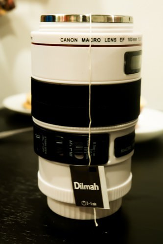 Tea_in_a_lens_mug