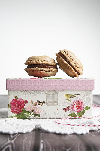 Chocolate Macaron Duo