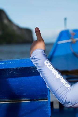 Discover El Nido - Bhing Thumbs up
