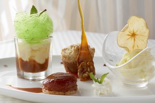 Celebrity Cruises - Quattro apples with Apple Walnut cake, creme brulee, oven roasted apples