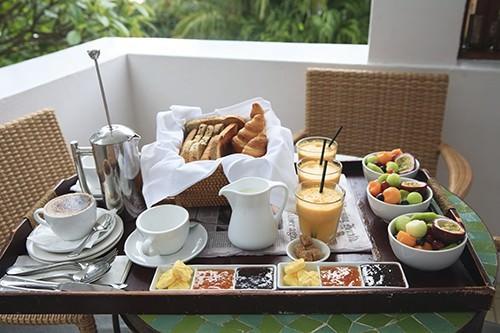 Breakfast Tray Watego's