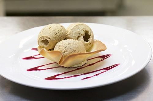 Pecan Ice cream Tuille