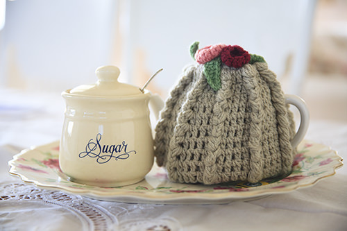 Sweet Knitted Tea Cosy