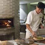 Cucina Vivo Pizza Making
