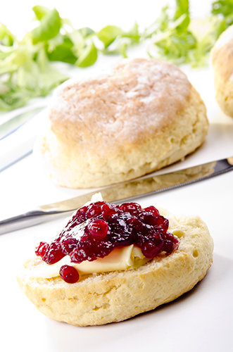 Making the Perfect Scone with jam