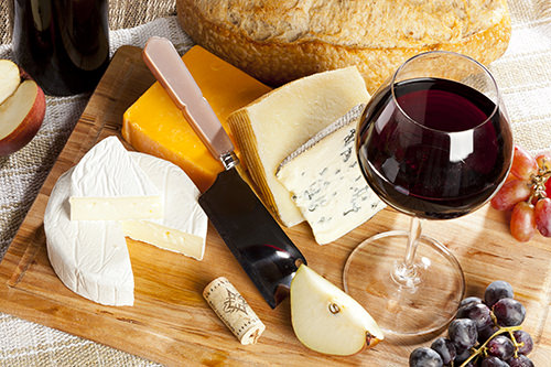 Red Wine with Cheese Platter