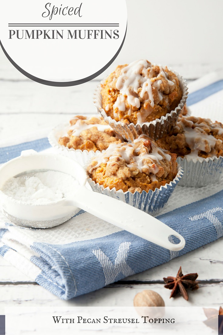 Spiced Pumpkin Muffin with Pecan Streusel Topping