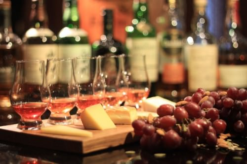 Eau de Vie -Whisky and Cheese Nights