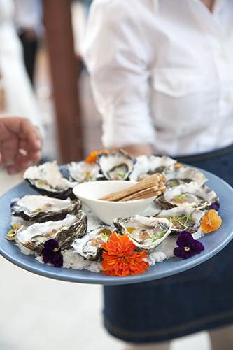 Natural Oysters w Vingarette