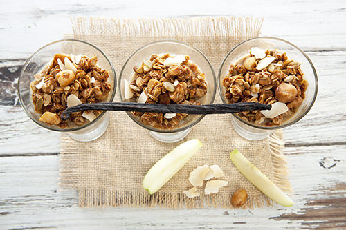 Apple Pie Chia Cups w Granola
