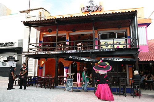 Loco Mexico Bar - Playa Del Carmen
