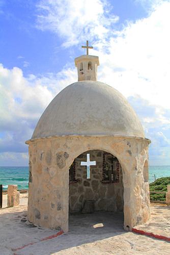 Santa Cruz Monument - Cozumel - Things to do in Mexico