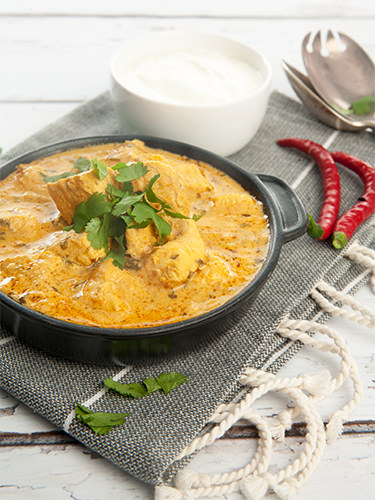 Easy Chicken Yoghurt Curry