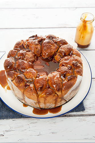 Monkey Bread w Salted Caramel Sauce
