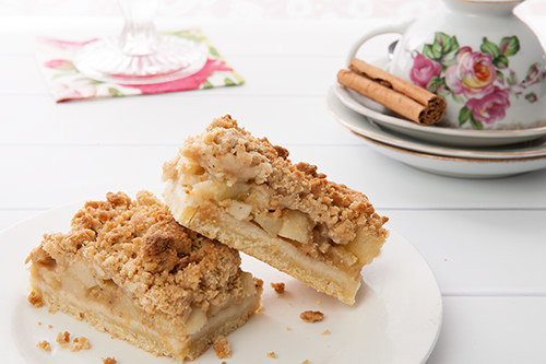 German Apple Streusel Slice